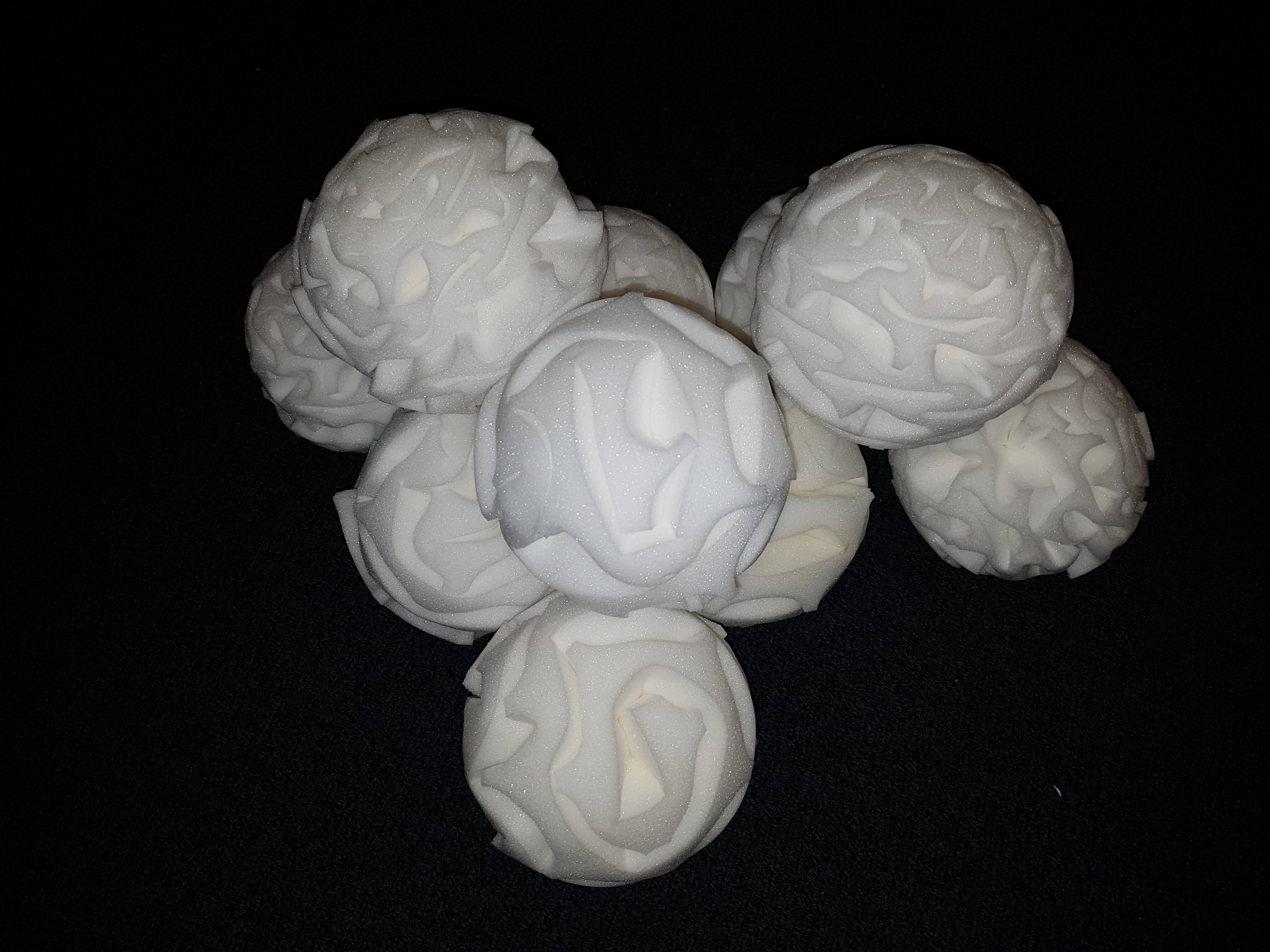 010 Droge Sneeuwballen